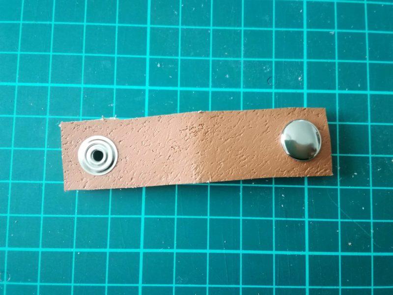 ジャンパーホックボタンの取り付け 表側