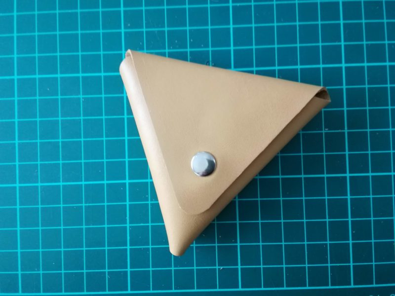 三角コインケースの完成