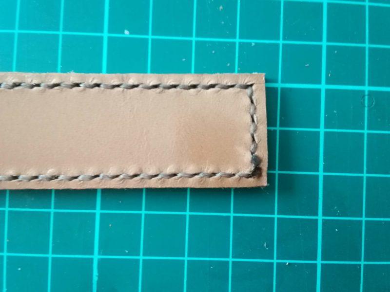 キーホルダーの糸の処理