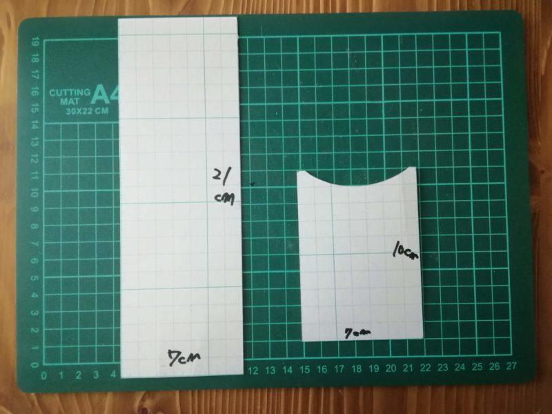 シンプルな2つ折りパスケースの型紙