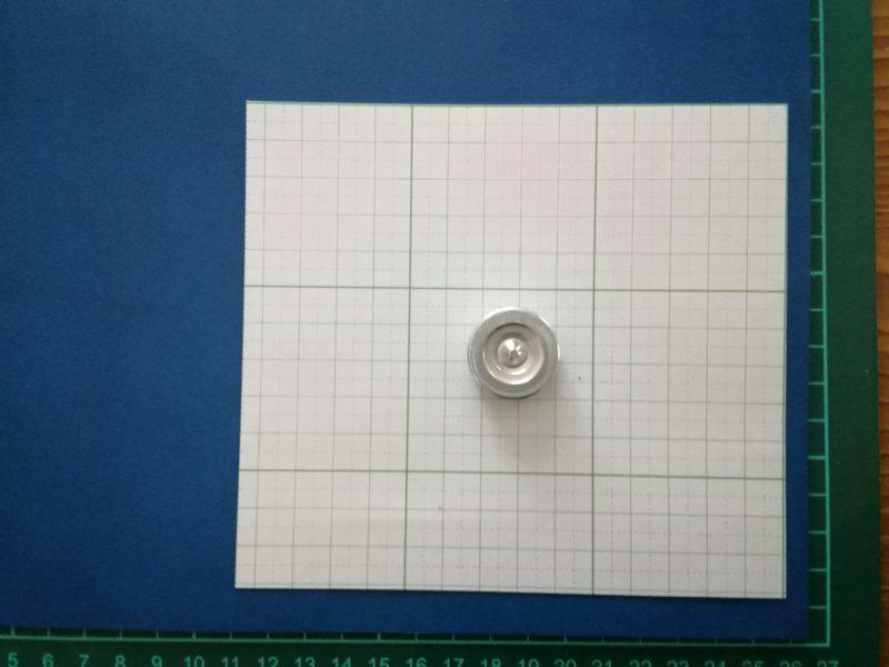 iPhoneSEケースの型紙を革に写す